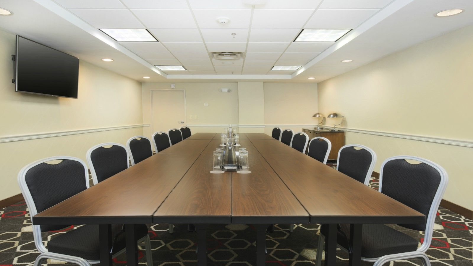 Meeting Rooms in Bentonville, AR - Compass Boardroom