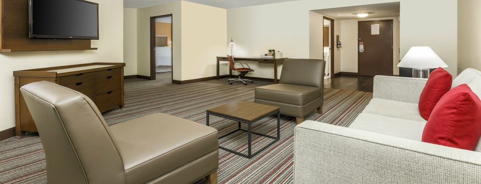 Bentonville, AR Accommodations - Executive Suites Living Room
